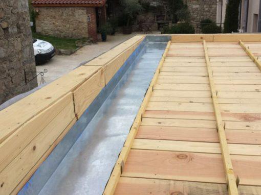 Couverture joints à tasseaux sur extension bois